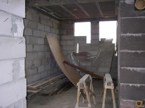 No i tu widać coś czego nie mogę przeżyć.... wlot do komina od kominka... został zrobiony zgodnie z projektem... a jak podłączyć kominek który stoi z boku??????? #BudowaAgatkaIngProjekty