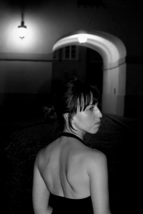 #miasto #kobieta #światło #noc