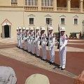Codziennie przed Palais du Prince odbywa się zmiana warty #MonacoIMonteCarlo