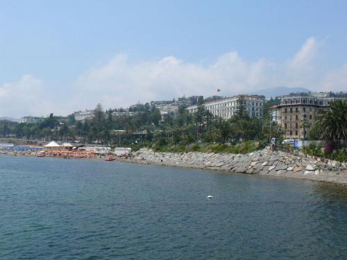 Widok na San Remo #Liguria #Włochy #Wybrzeże