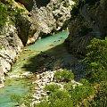 Grand Canyon du Verdon, który wyżłobiła rzeka Verdon w skałach alpejskich #CanionDuVerdon #Francja #Prowansja